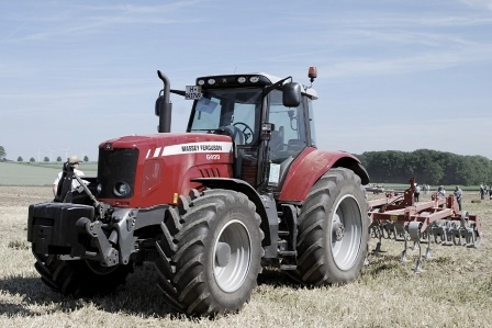 Massey Ferguson Tractor Data and Spes
